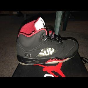 Jordan Retro 5 Supreme